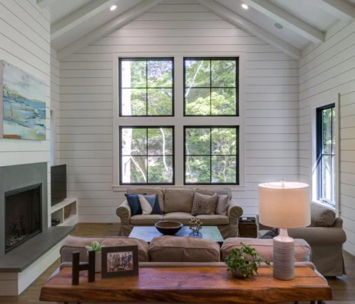 shiplap-fireplace-white room-quartz